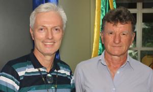 Profs. Sérgio Peters e Júlio Felipe Szeremeta
